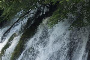 千代万代の滝